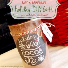 Easy and inexpensive DIY Hot Cocoa Mix with Free Printable