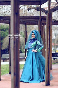 Kıyafet Tasarımı : Violett Collection   Model : Rabia Aşık