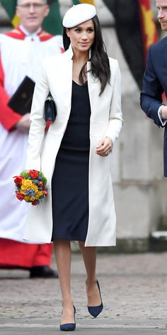 Fashion-Looks: Der Style von Meghan Markle Beauty And Fashion, Fashion Looks, Royal Fashion, Estilo Meghan Markle, Meghan Markle Stil, Meghan Markle Prince Harry, Prince Harry And Megan, Amanda Wakeley, Ladies Day