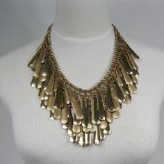 Such a cool necklace.