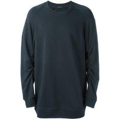 Ann Demeulemeester raglan sleeve sweatshirt ($319) ❤ liked on Polyvore featuring men's fashion, men's clothing, men's hoodies, men's sweatshirts, grey and mens grey sweatshirt
