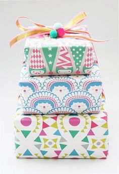 polkaros wrapping paper - pretty presents