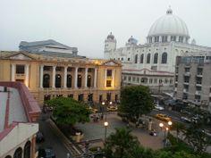 Teatro Nacional   Teatro in San Salvador , El Salvador     Calle Delgado