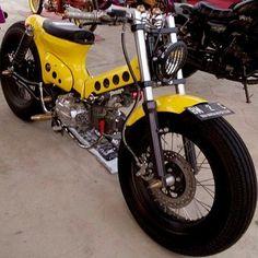 Resultado de imagen para honda econo power custom Honda Cub, Custom Moped, Custom Bikes, Motorcycle Engine, Motorcycle Style, Mini Bike, Estilo Cafe Racer, Vespa Scooter, Monte Fuji