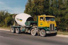 Mix Concrete, Concrete Mixers, Antique Trucks, Vintage Trucks, Cool Trucks, Big Trucks, Western Star Trucks, Model Truck Kits, Equipment Trailers