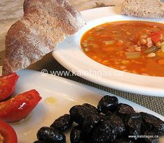 Follow Recipe update from Oct.16, 2007: Fassoulada is a Greek navy bean soup. It's a standard dish during Lent, appears on the Greek kitchen table on many a Friday when meat is not consumed and frankly, one of the most enjoyable yet rustic dishes in the Greek repertoire of cooking. This soup is best enjoyed …