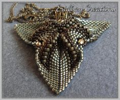 twisted triangle pendant pattern