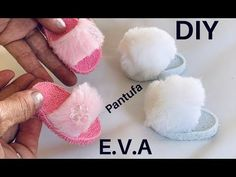 Barbie Doll Accessories, Barbie Shoes, Doll Shoes, Barbie Clothes, Diy Ag Dolls, Sewing Dolls, Diy Doll, Knitting Dolls Clothes, Doll Clothes Patterns