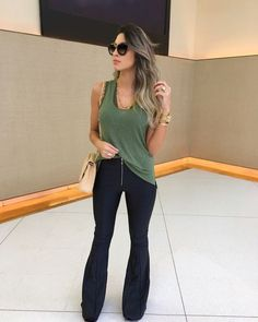 65 amazing going out casual outfits for spring 60 Casual Fall Outfits, Spring Outfits, Cool Outfits, Fashion Outfits, Flare Jeans Outfit, Casual Chic, Casual Jeans, Comfy Casual, Smart Casual