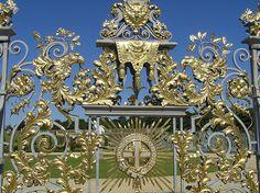 Hampton Court - Gilding on Wrought Iron gates
