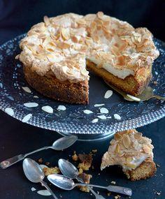Herraskartanon kakku | Maku Little's Coffee, Food And Drink, Desserts, Tailgate Desserts, Deserts, Postres, Dessert, Plated Desserts