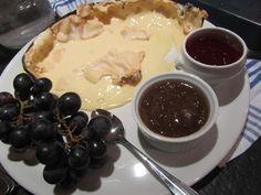 Crewe-Read Photography Zermatt, Fine Dining, Fondue, Pudding, Cheese, Ethnic Recipes, Desserts, Photography, Tailgate Desserts