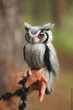 Купить Совка - чёрно-белый, сова, сова игрушка, сова из шерсти, белолицая совка, совка