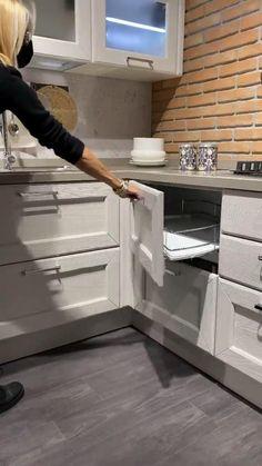 Kitchen Cabinets Design Layout, Kitchen Cupboard Designs, Kitchen Room Design, Kitchen Cupboards, Modern Kitchen Design, Home Decor Kitchen, Interior Design Kitchen, Diy Kitchen, Cuisines Design