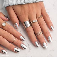 #MetallicMonday! Show off your favorite #metallicmani. #MetallicChromeSilverJN #Jamberry #chromenails