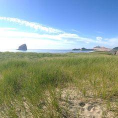 ... même si des fois on aimerait que la plage soit bien plus près!  ... even if I wish the beach was closer!