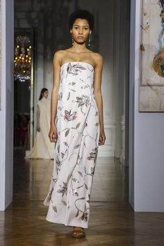 Lineisy Montero for Valentino Haute Couture Fashion 2017, Couture Fashion, Runway Fashion, Fashion Show, Fashion Outfits, Black Supermodels, Lineisy Montero, Valentino Couture, Gowns Of Elegance