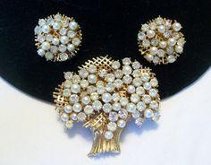 FRANCOIS CORO Vintage Brooch Pin Earrings Glass by AnnesGlitterBug