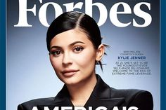 People aren't mad (maybe some are) that Kylie Jenner is a billionaire. They're mad Forbes said she was self-made. Illuminati, Kylie Jenner Photos, Disney World Magic Kingdom, Reality Tv Stars, Kylie Cosmetic, Cosmetic Companies, Hollywood, Lip Kit, Rich People