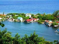 The small town of Oakridge in Roatan Honduras