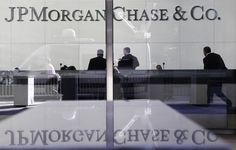 U.S. Pursuing Criminal Charges Against JP Morgan, Other Bank Execs Prosecutors are scrutinizing a $2.2 billion deal that repackaged home mortgages into bonds in 2007 at RBS and two people who worked on a different residential-mortgage deal at JPMorgan. By Reuters | November 18, 2015