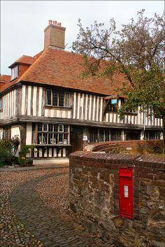Lovely town of Rye, East Sussex Britain Uk, Great Britain, Rye England, The Mermaid Inn, East Sussex, Rye Sussex, British Countryside, Interesting Buildings, England And Scotland