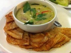 Roti chicken green curry