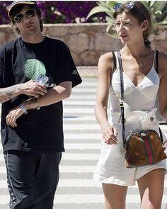 """Eleanor World Calder auf Instagram: """"Eleanor and Louis in Ibiza #elounor #eleanorcalder #louistomlinson"""" Louis Tomlinson, Ibiza, Eleanor Calder Style, Troy Austin, Louis And Eleanor, Louis Williams, Girlfriends, Bear, Instagram"""