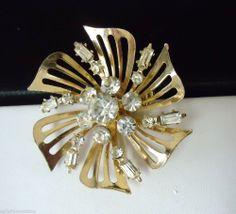 Vintage Beautiful 1950s Coro Pinwheel Brooch Diamante n Emerald Cut Rhinestones #Coro