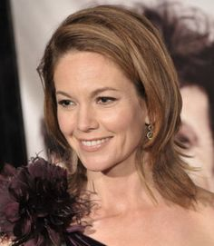 Gorgeous Medium-Length Celeb Hairstyles to Inspire Your Next Look - Diane Lane To achieve this polished look, blow out your hair, starting at the crown of your head to - Haircuts For Small Faces, Small Face Hairstyles, Cool Haircuts, Celebrity Hairstyles, Cool Hairstyles, Hairstyles Pictures, Gorgeous Hairstyles, Braided Hairstyles, Diane Lane Untreu