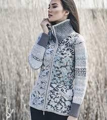 Kooi Knitwear - Поиск в Google Hooded Jacket, Knitwear, Fall Winter, Turtle Neck, Athletic, Wool, Hoodies, Sweaters, Jackets