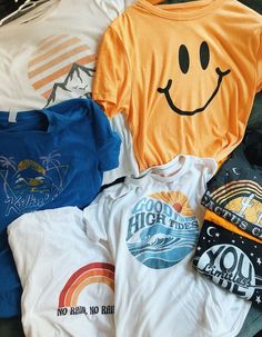 Our newest collection of beach style graphic tees! With distressed, vintage styl… Our newest collection of beach style graphic tees! With distressed, vintage style prints, [. Trendy Outfits, Summer Outfits, Fashion Outfits, Womens Fashion, Work Outfits, Fasion, Emo Outfits, Fashion 2016, Disney Outfits