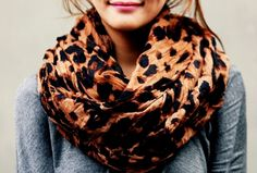 I love small touches of animal print. So classy.