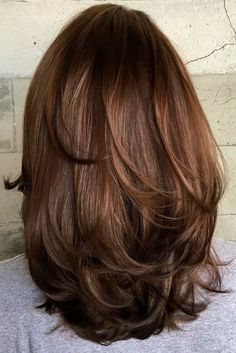 Medium Layered Haircuts Medium Length Hairstyles with Layers Medium Layered Haircuts, Medium Hair Cuts, Long Hair Cuts, Medium Hair Styles, Short Hair Styles, Hair Do For Medium Hair, Medium Length Hair Cuts With Layers, Medium Cut, Short Cuts