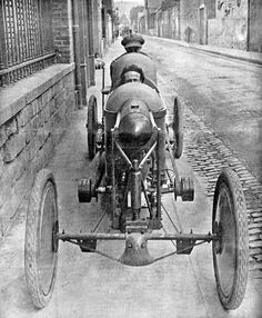 Bédélia (in English usually written as Bedelia) was the archetype of the French cyclecars. 1913.