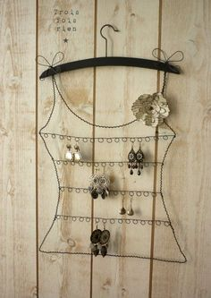 Wire earring rack