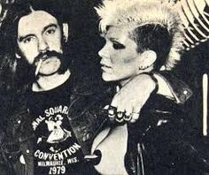 ATITUDE ROCK'N'ROLL: The Plasmatics foi uma banda de punk rock american...