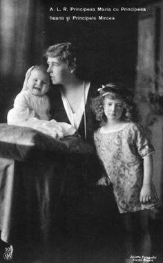 Marie with Ileana and Mircea