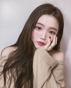 Ulzzang girl ✅ ulzzang boy ✅ Ulzzang kids✅ Ulzzang couple✅ not by °aeseratix Ulzzang Girl Fashion, Ulzzang Korean Girl, Cute Korean Girl, Asian Makeup, Korean Makeup, Korean Beauty, Asian Beauty, Uzzlang Girl, Beautiful People