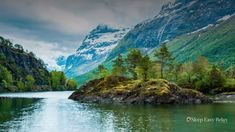 Enjoy this Original, Peaceful Healing Nature Music by Sleep Easy Relax. Soothing, Peaceful music that is Ideal to relax wit. Merlin, Video Nature, Norway Landscape, Deep Sleep Music, Beautiful Norway, Sleep Dream, Nature Music, Image Nature, Deep Relaxation