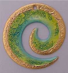 Handpainted by Jocelyne Blossier-Gavory 🇫🇷 on 0069 - Spirale by Bijoux de Passy