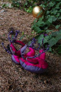 Mr Beetle in trouble. Lapino Handmade.