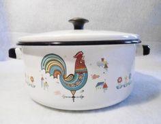 Vintage ROOSTER Pennsylvania Dutch Enamel Cooking Pan  & Lid  - Pot  Kettle Pot Soup