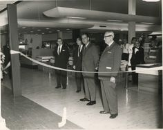 1960: Grand opening of the current Webster Groves location