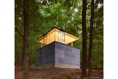 こんな書斎、永遠の夢です!ニューヨーク州のOlive Bridgeの森の中に建てられた「The Scholar's Librar...