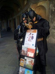 """Even superheroes want to learn about the bible. """"Gotham Metropolitan Witnessing program a success. Psalm 133, Sierra Leone, Jw Memes, Public Witnessing, Jw Humor, Jehovah S Witnesses, Jehovah Witness, Batman And Catwoman, Bible Truth"""