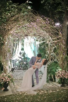 Celebrity Wedding: Eric Dee Jr. and Bea Soriano | http://brideandbreakfast.ph/2015/01/27/celebrity-wedding-eric-dee-jr-and-bea-soriano/ | Photography: Bea Caisip