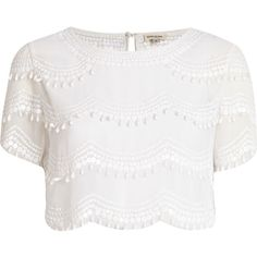 River Island White scallop embellished crop top ($27) ❤ liked on Polyvore featuring tops, shirts, crop tops, t-shirts, white top, white polyester shirt, short-sleeve shirt, polyester shirt and short sleeve tops