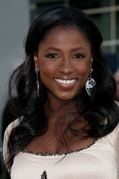 Rutina Wesley, neutral makeup sexy formal hair