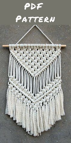 I love macrame wall hangings. They look so cool and a great craft project to do. Affiliate link #macrame #pdfpattern